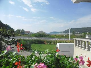 TH02830 Apartments Josip / Three bedrooms A1 - Rab vacation rentals