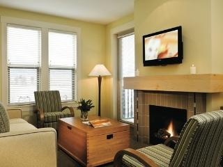 Osoyoos Walnut Beach 1 Bedroom Mountain View Suite - Osoyoos vacation rentals
