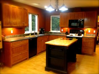 Perfect House with Dishwasher and Microwave - Errington vacation rentals