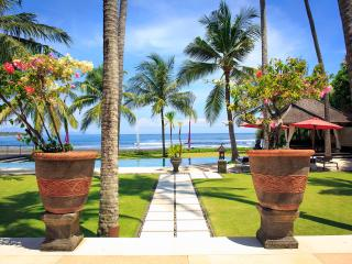 Villa Pushpapuri - an elite haven - Sanur vacation rentals