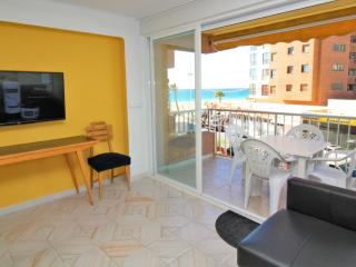 Bright Condo in Benidorm with A/C, sleeps 6 - Benidorm vacation rentals