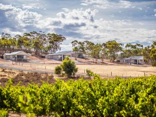 Neagles Retreat Villas, Clare, South Australia - Clare vacation rentals