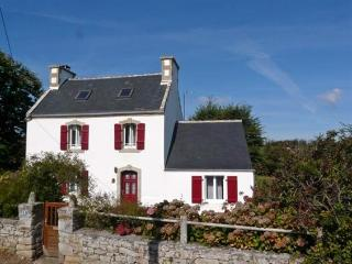 Comfortable 3 bedroom House in Esquibien with Washing Machine - Esquibien vacation rentals