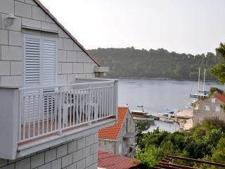 Apartment with Balcony in Pomena - Pomena vacation rentals