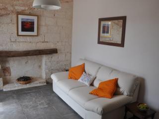 ARANCIA - romantic apartment in historic farmhouse - Francavilla Fontana vacation rentals