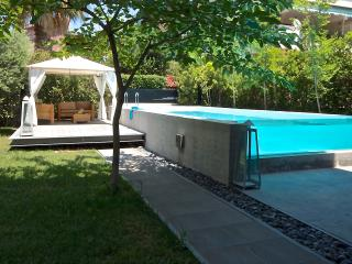 luxury apt private pool+grdn Athens - Voula vacation rentals