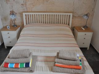 ARANCIA - romantic apartment in historic farmhouse - Francavilla Fontana vacation rentals