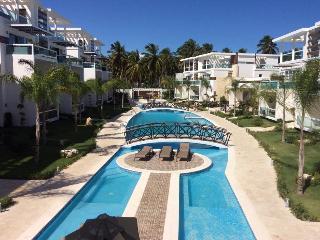 Costa Hermosa 1BR luxury with jacuzzi - Bavaro vacation rentals