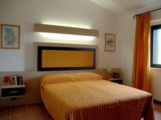 Large Villa  sul Mar Jonio in Calabria - Sant'Andrea Apostolo dello Ionio vacation rentals