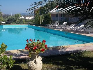 TWIN BEDROOM PRIVATE ENSUITE - Alghero vacation rentals
