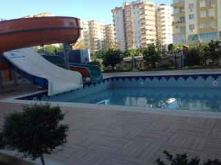Cozy 2 bedroom Condo in Mahmutlar - Mahmutlar vacation rentals