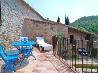 Casa rural Templaria HUTG-004378- Vilert - Esponella vacation rentals