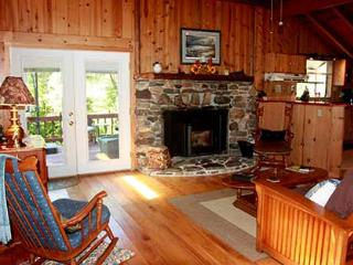 The Barn House at Stonewall Ranch - Igo vacation rentals