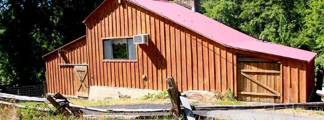 The Barn House at Stonewall Ranch - Igo vacation rentals