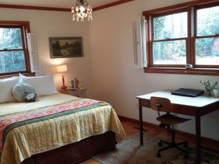 Charming Mountain Cottage Cozy, Clean & Comfy - Boone vacation rentals