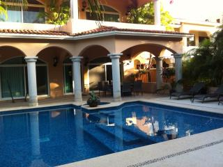 Charming Mexican Colonial 5 Bdrm Villa WithPpool - Puerto Aventuras vacation rentals