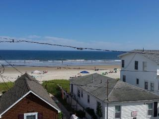 Condo on Grand Beach(OOB)-Steps to Beach, Pool - Old Orchard Beach vacation rentals