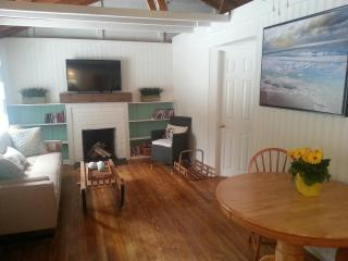 WhiteCaps 3 Bedroom Close to The Lake - Sauble Beach vacation rentals