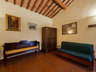 AnticoBorgoPoggiarello Otto - Monteriggioni vacation rentals