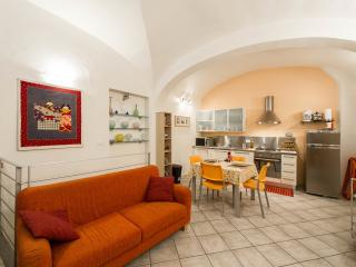 Casa De Pepi - very central and well equipped - Florence vacation rentals