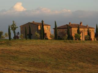 Romantica camera in Toscana - Buonconvento vacation rentals
