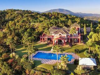 6 bedroom Villa with Internet Access in Marbella - Marbella vacation rentals
