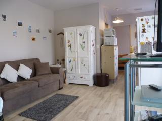 Appartement rez-de-jardin 2pièces classé 3 étoiles - Houlgate vacation rentals