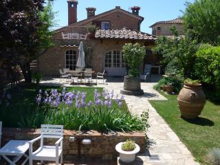 casadileo - Radicondoli vacation rentals