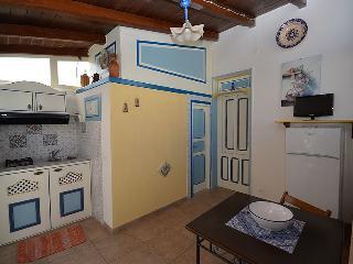 Casa Vacanza Luna a 300mt.dal mare - San Vito lo Capo vacation rentals