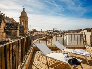 Palau Balear ☼ Ático con terraza - Palma de Mallorca vacation rentals