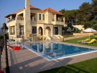 Perfect 5 bedroom Tavronitis Villa with Internet Access - Tavronitis vacation rentals