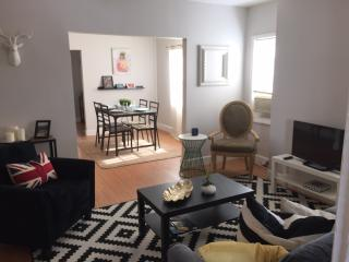 WOW MINS TO THE BEACH BEAUTIFUL APARTMENT IN HISTORIC BUILDING CLOSE DOWNTOWN!!! - Lake Worth vacation rentals