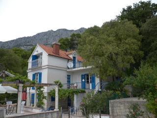Vacation rentals in Brela
