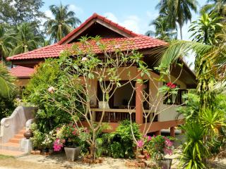 Beachfront Villa 2 Bedroom in Coconut Garden - Lipa Noi vacation rentals