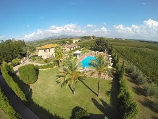CHARMING APARTMENT WITH POOL - Cecina vacation rentals