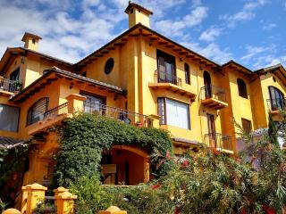Lovely Tuscany Penthouse with Stunning Views - Cotacachi Imbabura vacation rentals