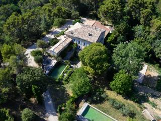 "Authentic Provençal country-house ""La Calade"" - Crestet vacation rentals"