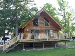 Beautiful log cabins on Pelican Lake - Orr vacation rentals