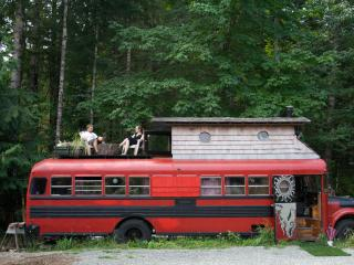 HippyBus @ Yoga Sanctuary/With 2 Meals - Duncan vacation rentals