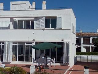 Maison première ligne de plage - Creixell vacation rentals