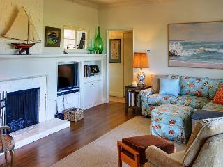 3717 Butterfly Landing ~Large Oak Tree Double Lot with Bay View, Walk to Town - Pacific Grove vacation rentals