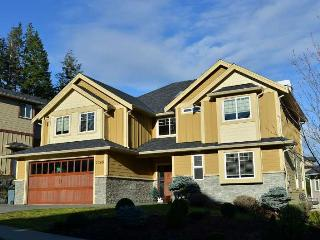 3 Bedroom Victoria Bear Mountain Luxury Home With Views - Victoria vacation rentals