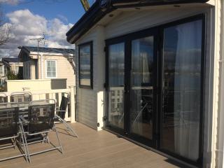 ALDYS RETREAT No 4 Fishing Lake - Tattershall vacation rentals