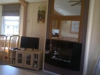 Luxury caravan, close to sea and golf course. - Turnberry vacation rentals