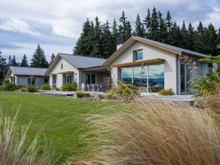 Perfect House with Internet Access and Satellite Or Cable TV - Wanaka vacation rentals