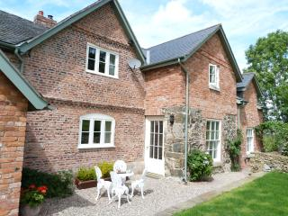 Nice B&B with Patio and Long Term Rentals Allowed - Llanfyllin vacation rentals