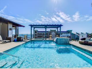 Gorgeous condo at the Waterhouse, short walk to beach, rooftop pool and hot tub - Sea Breeze at Waterhouse - Seacrest Beach vacation rentals