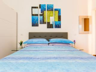 Blue Orchid Rome Apartment **** - Rome vacation rentals