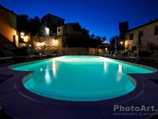 Nice Townhouse with Internet Access and Dishwasher - Gambassi Terme vacation rentals