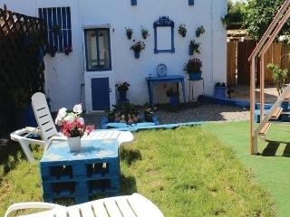 Comfortable House with Dishwasher and Short Breaks Allowed - Penaflor vacation rentals